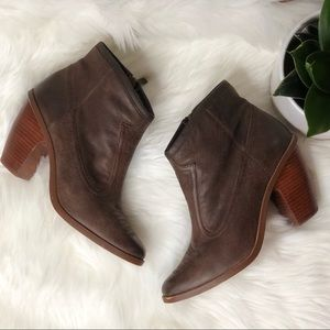 Hinge   Ankle Cowboy Western Style Booties Size 8